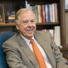 Pickens announces $20 million donation, the first of many large sums